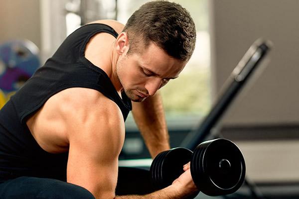 Conheça benefícios do plano de saúde para quem gosta de musculação